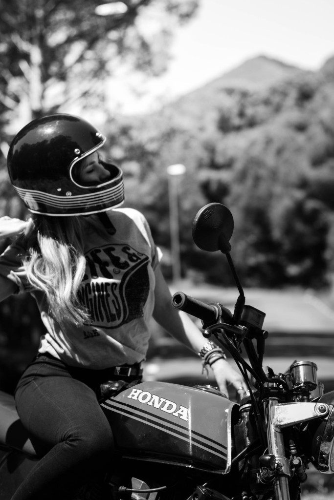L&E Helmet T-shirt - Photography by Mss.Sylvie