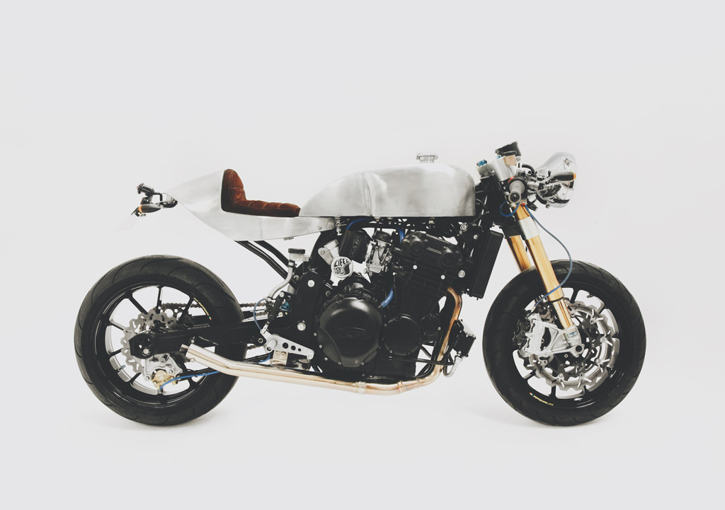 Life-and-Engines-Kickback-Motorcycle-Show-2016-Stoneleigh-Park-Triumph-Triple-Cafe-Racer