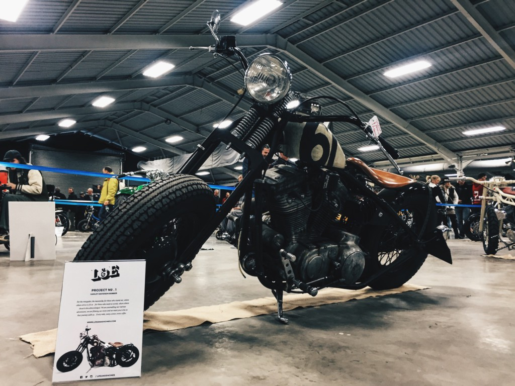 Life-and-Engines-Kickback-Motorcycle-Show-2016-Triumph-Triple-Harley-Davidson-Bobber-Cafe-Racer